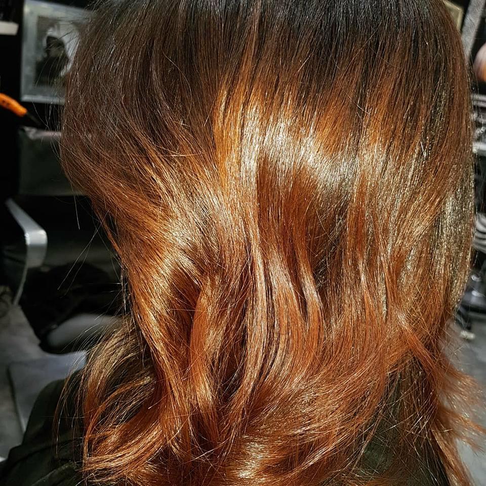 Ombré hair brun caramel by Corinne Dahan