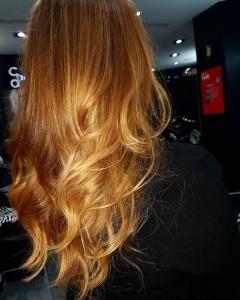 ombre-hair-roux-blond-miel