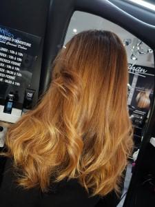 ombre-hair-roux-fonce-blond-soleil
